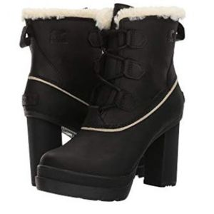Sorel Dacie Lace Shearling Platform Boot SZ 5 NWT